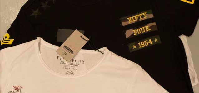 T-shirt Fifty Four