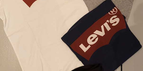 Tee Levis bianca